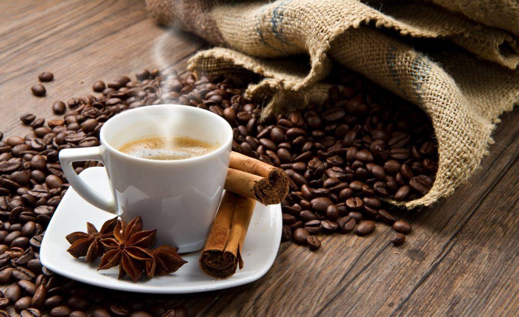 káva +
